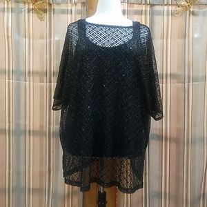 NWOT 2 piece Shear tunic with Black Camisole top.